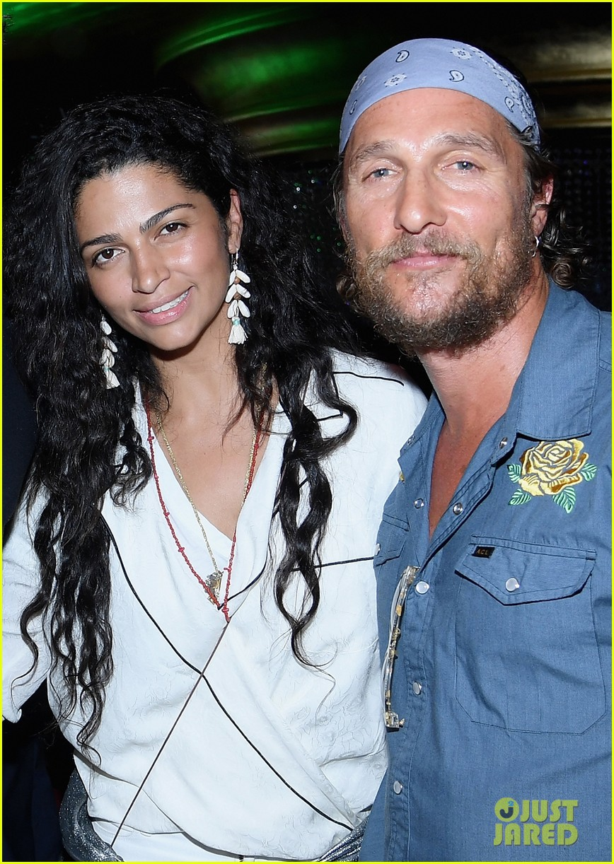 gerard butler join matthew mcconaughey camila alves at art basel 043999661