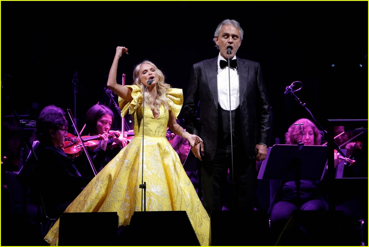 Kristin Chenoweth Joins Andrea Bocelli For Special Concerts At Madison Square Garden Photo