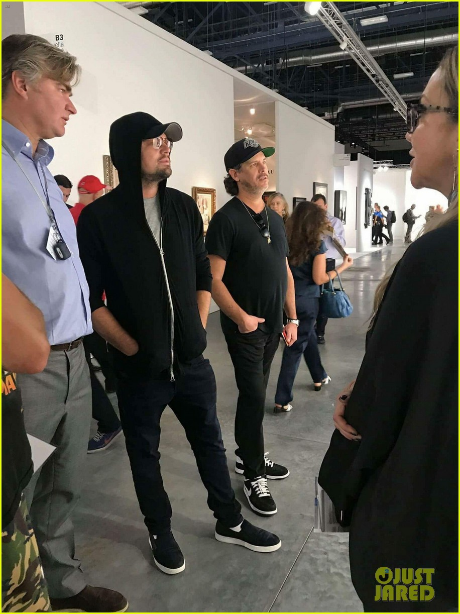 leonardo dicaprio keeps a low profile at art basel in miami 033998432
