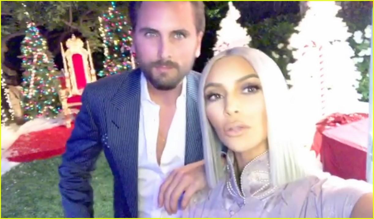 Scott Disick Stopped by the Kardashian Christmas Party: Photo ...