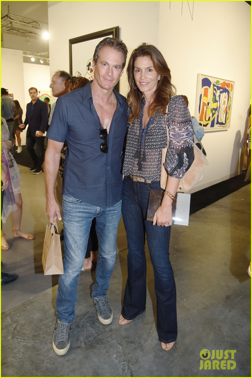 cindy crawford hubby rande gerber hit miami for art basel 013998316