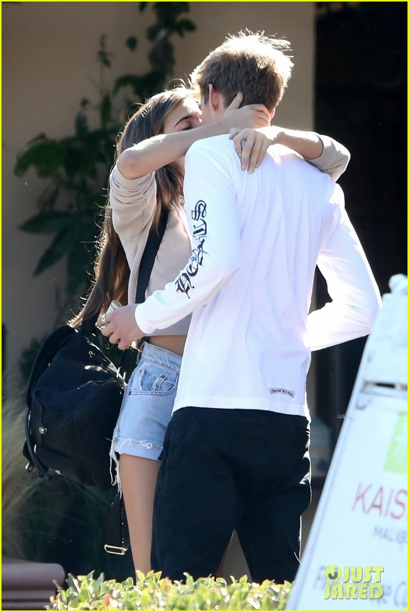 Presley Gerber Kisses Charlotte D Alessio After Cayley