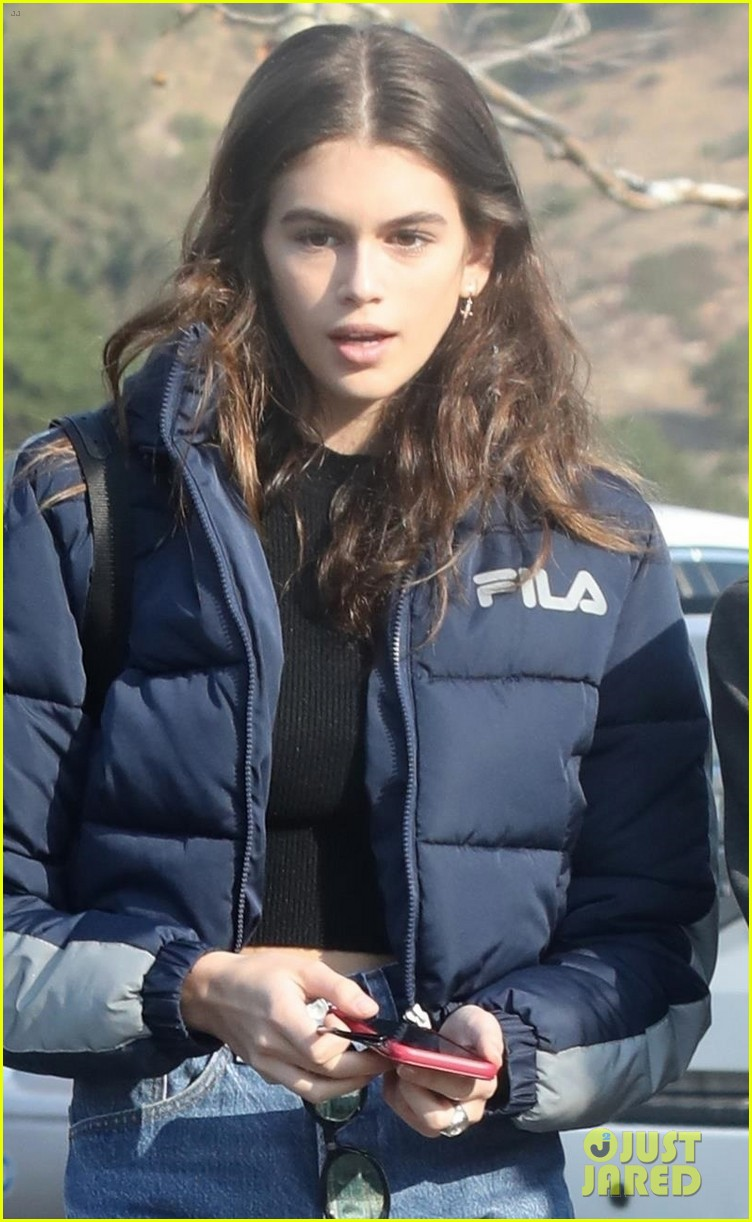 kaia gerber rocks short shorts for afternoon outing 044003147