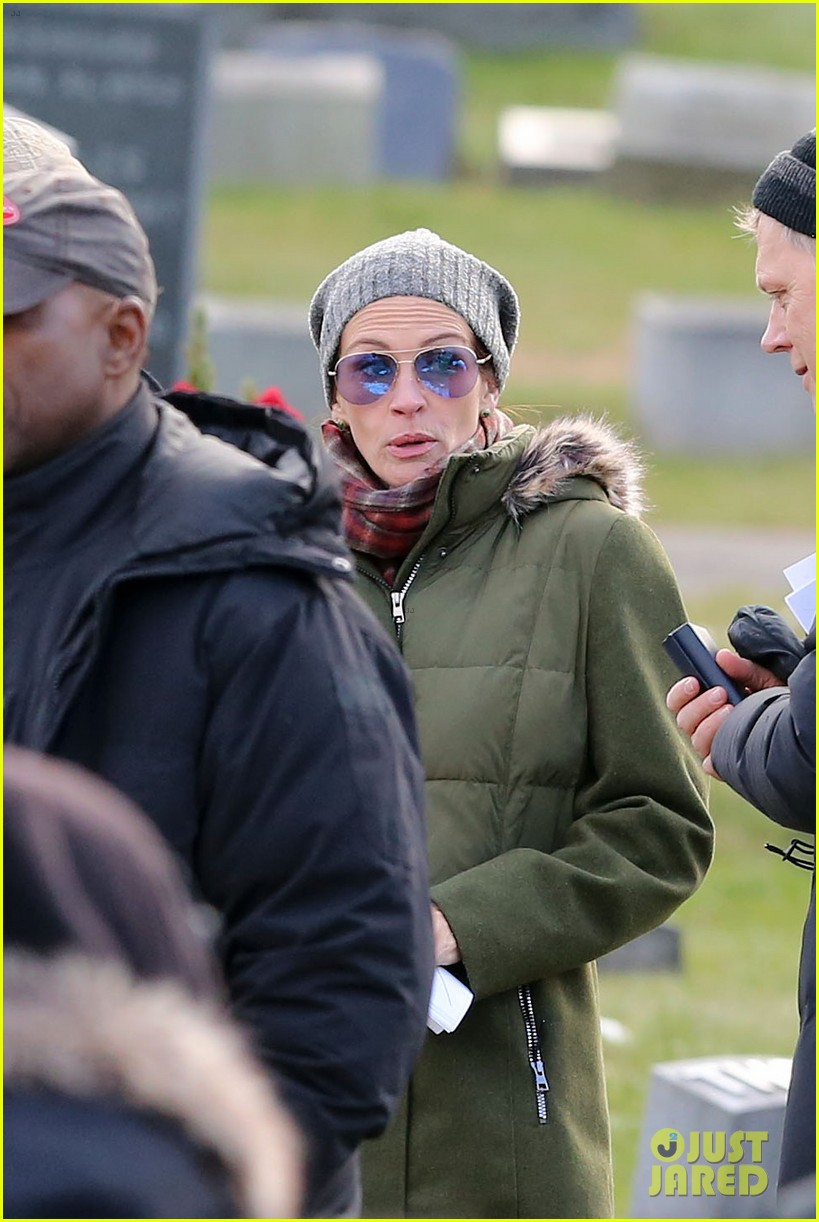 julia roberts lucas hedges get into heated fight filming ben is back 114003164