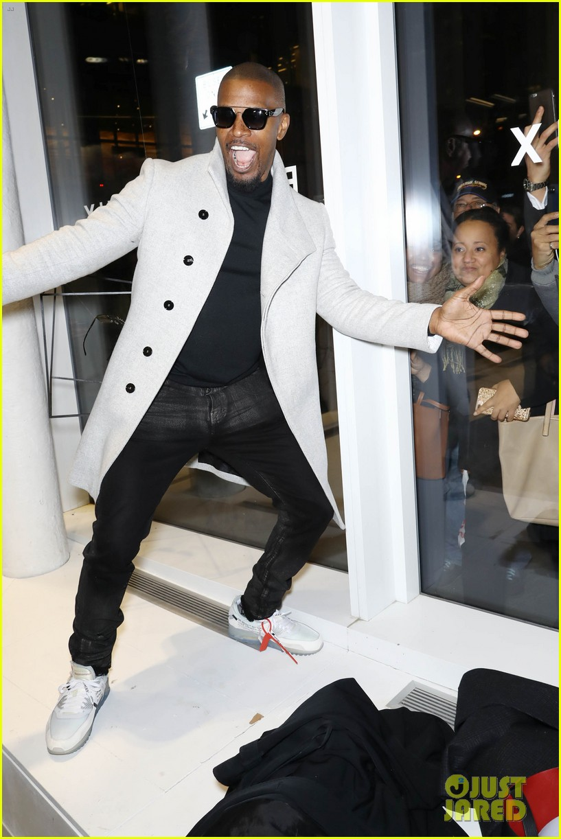 katie holmes supports jamie foxx at prive revaux store opening 053997009