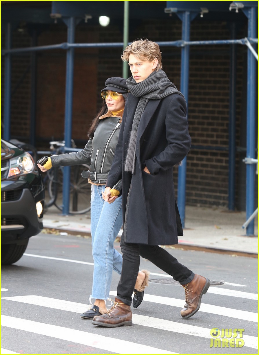 vanessa hudgens austin butler hold hands during afternoon date 053996039