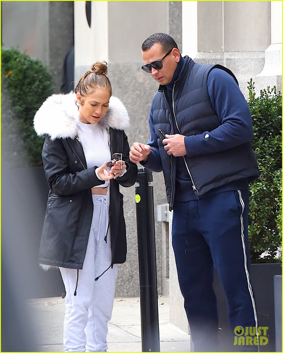 jennifer lopez alex rodriguez couple up in nyc 043998029