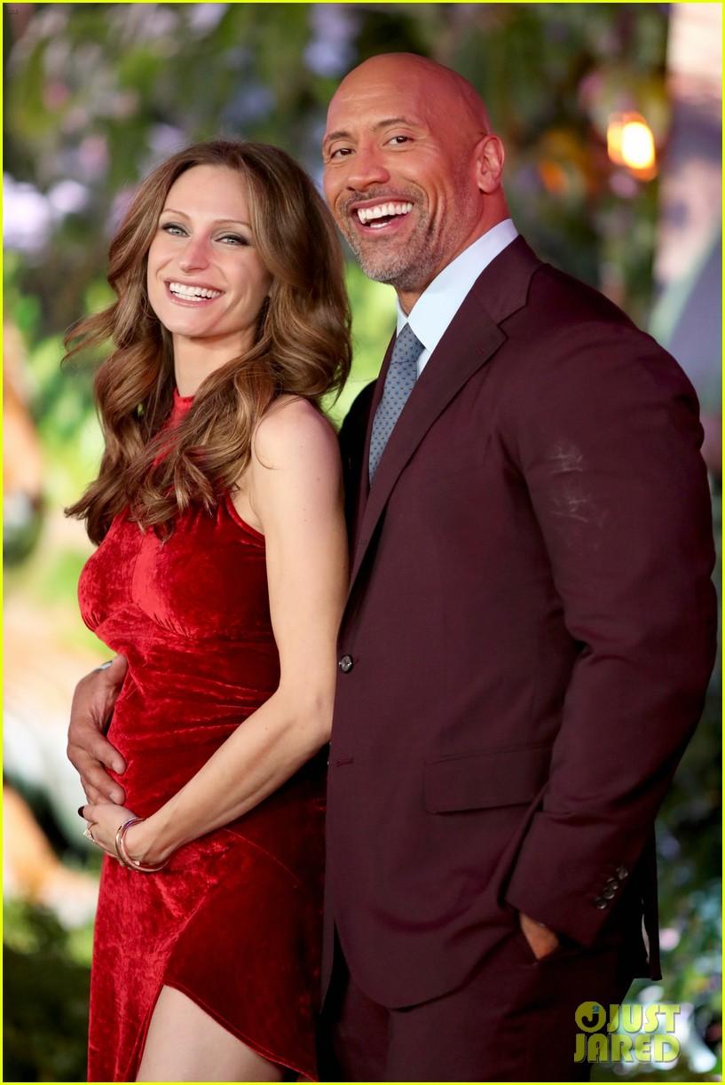 Dwayne Johnson Cradles Pregnant Girlfriend Lauren Hashian S