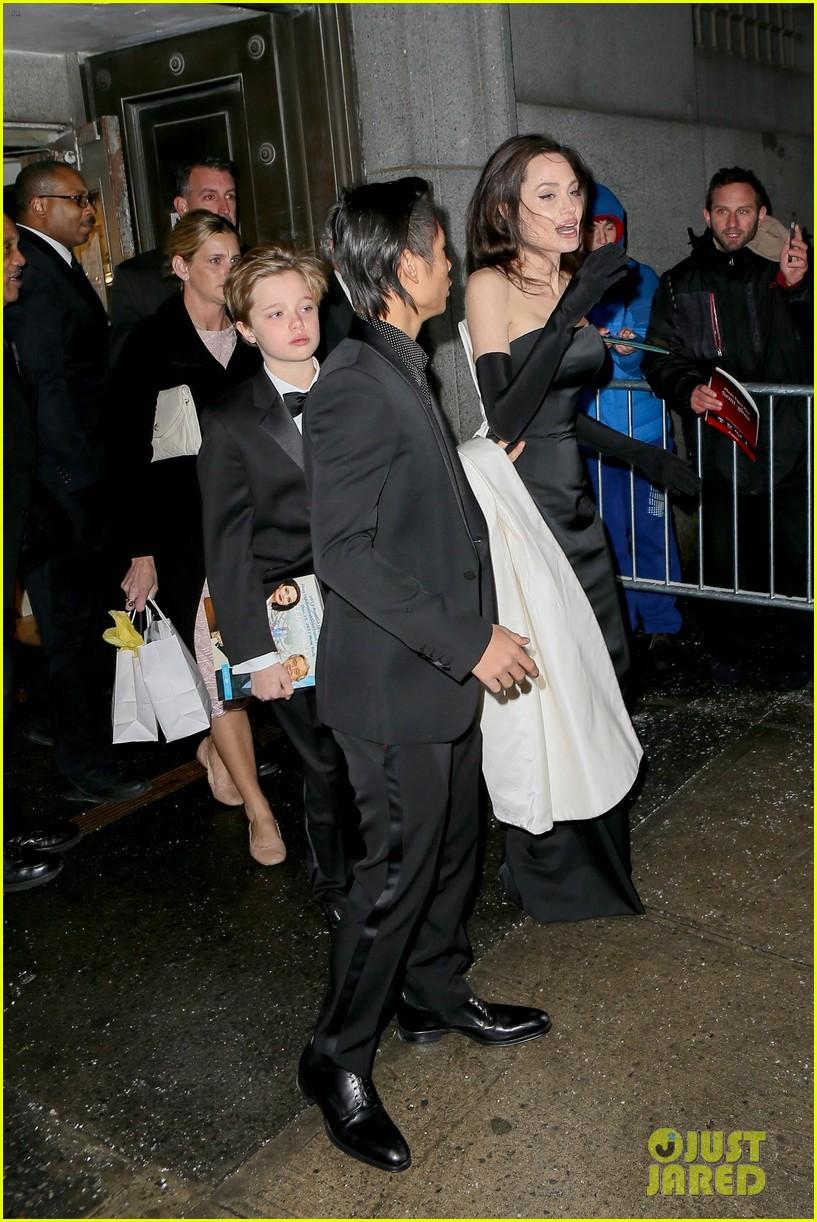angelina jolie her kids get dressed up for black tie event 284002118