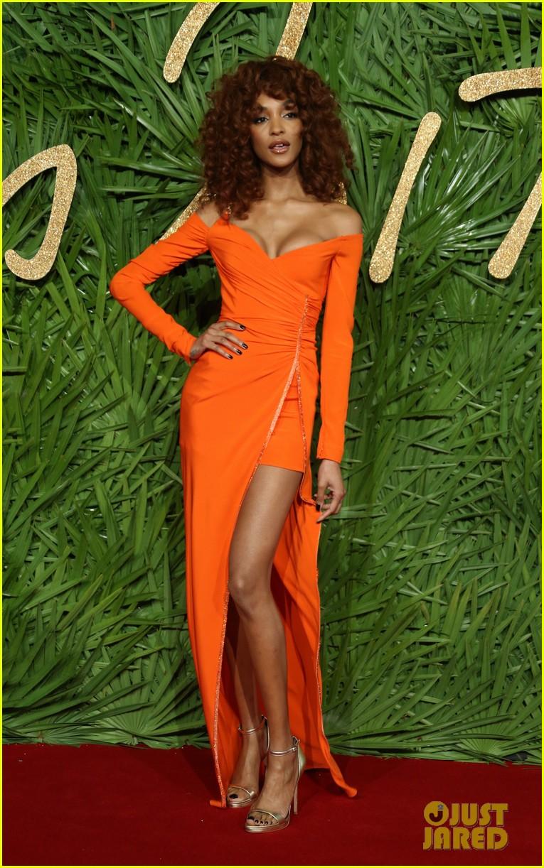 karlie kloss fashion awards 2017 123996817