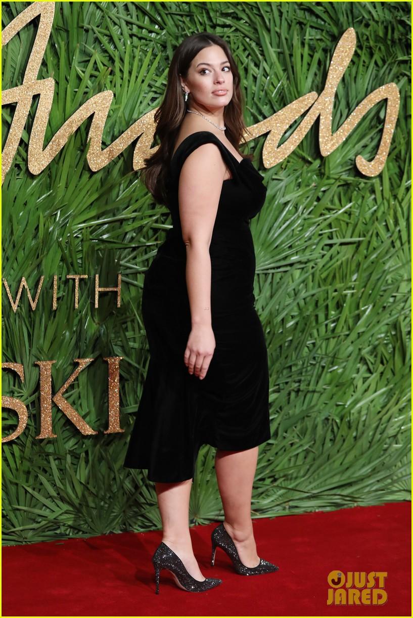 karlie kloss fashion awards 2017 163996821