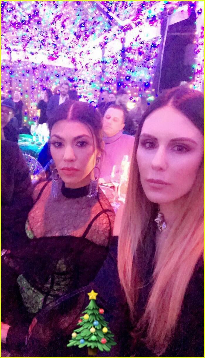 Kourtney Kardashian Kisses Boyfriend Younes Bendjima at Annual ...