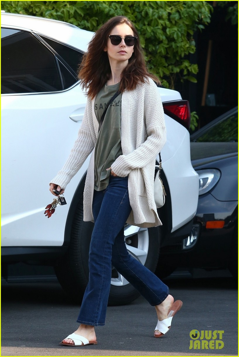 lily collins is off to the countryside for the holidays 014002410