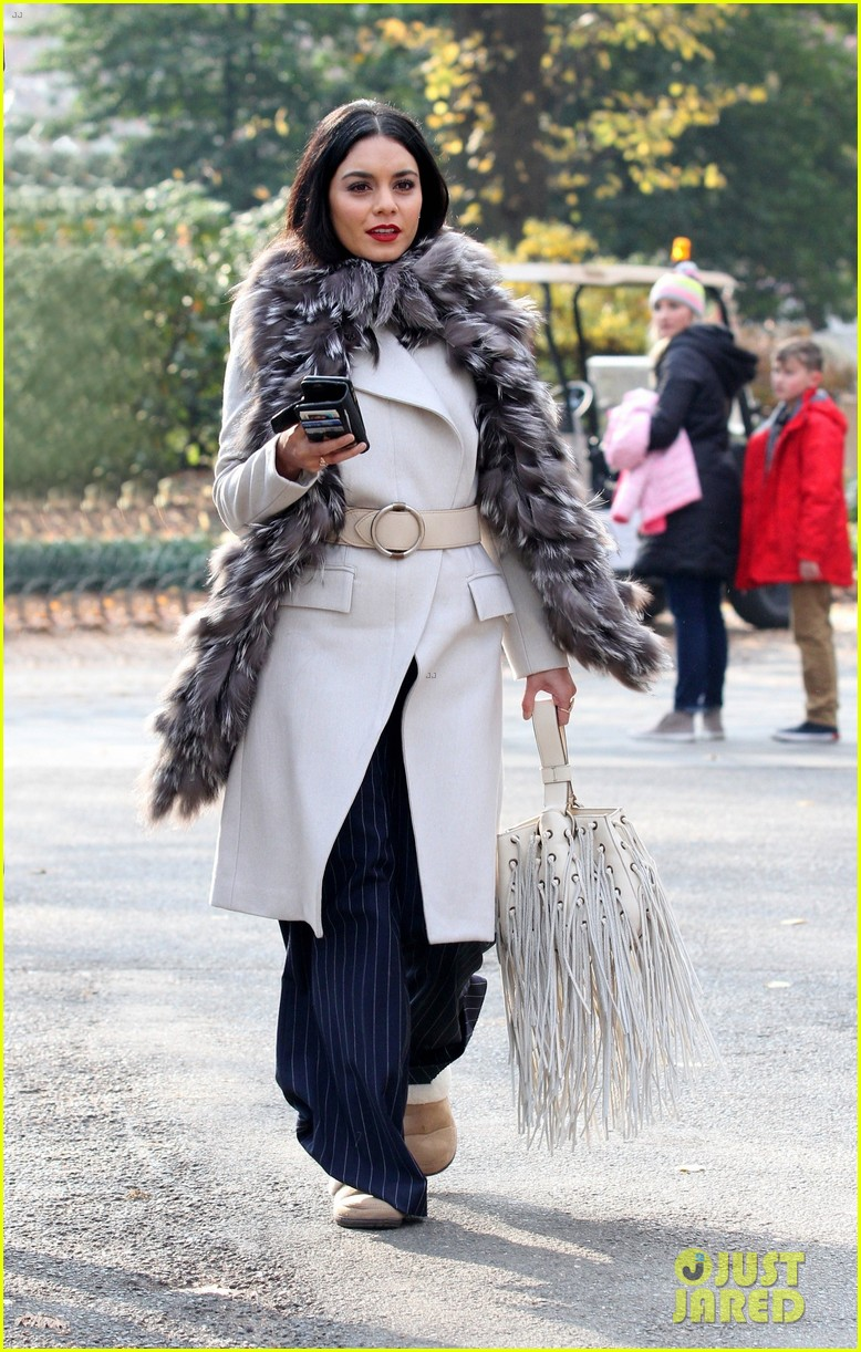 jennifer lopez and vanessa hudgens look chic on second act set 023996989