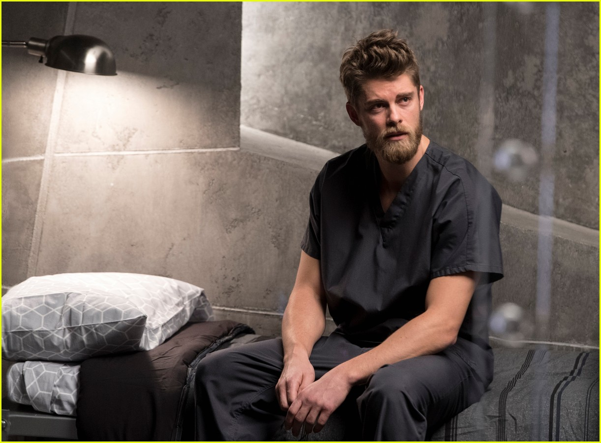 luke mitchell 10 fun facts 023999108