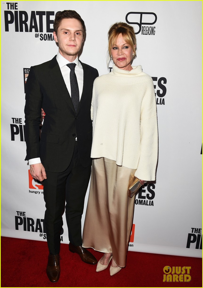 evan peters melanie griffith premiere the pirates of somalia in la 053998060