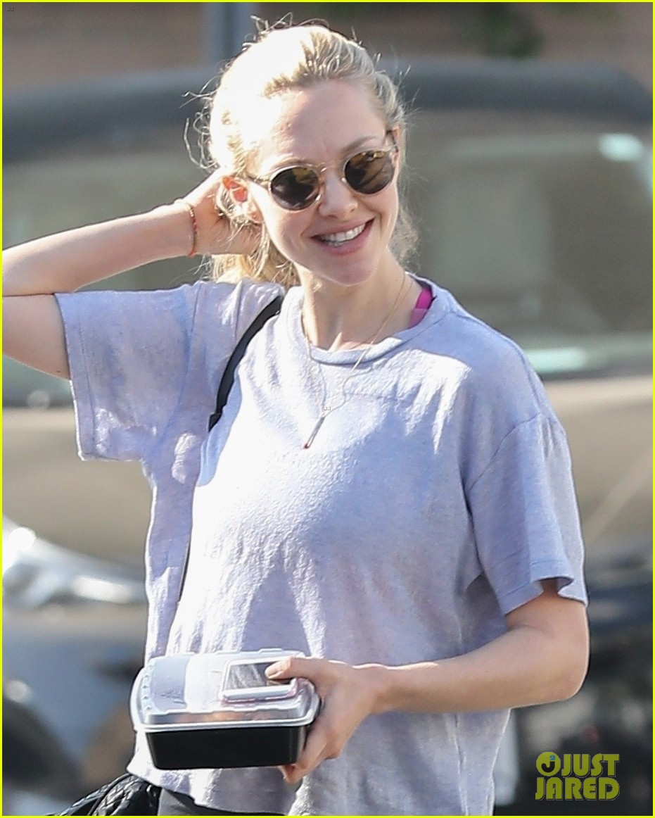 Amanda Seyfried Runs Into Busy Philipps While Getting