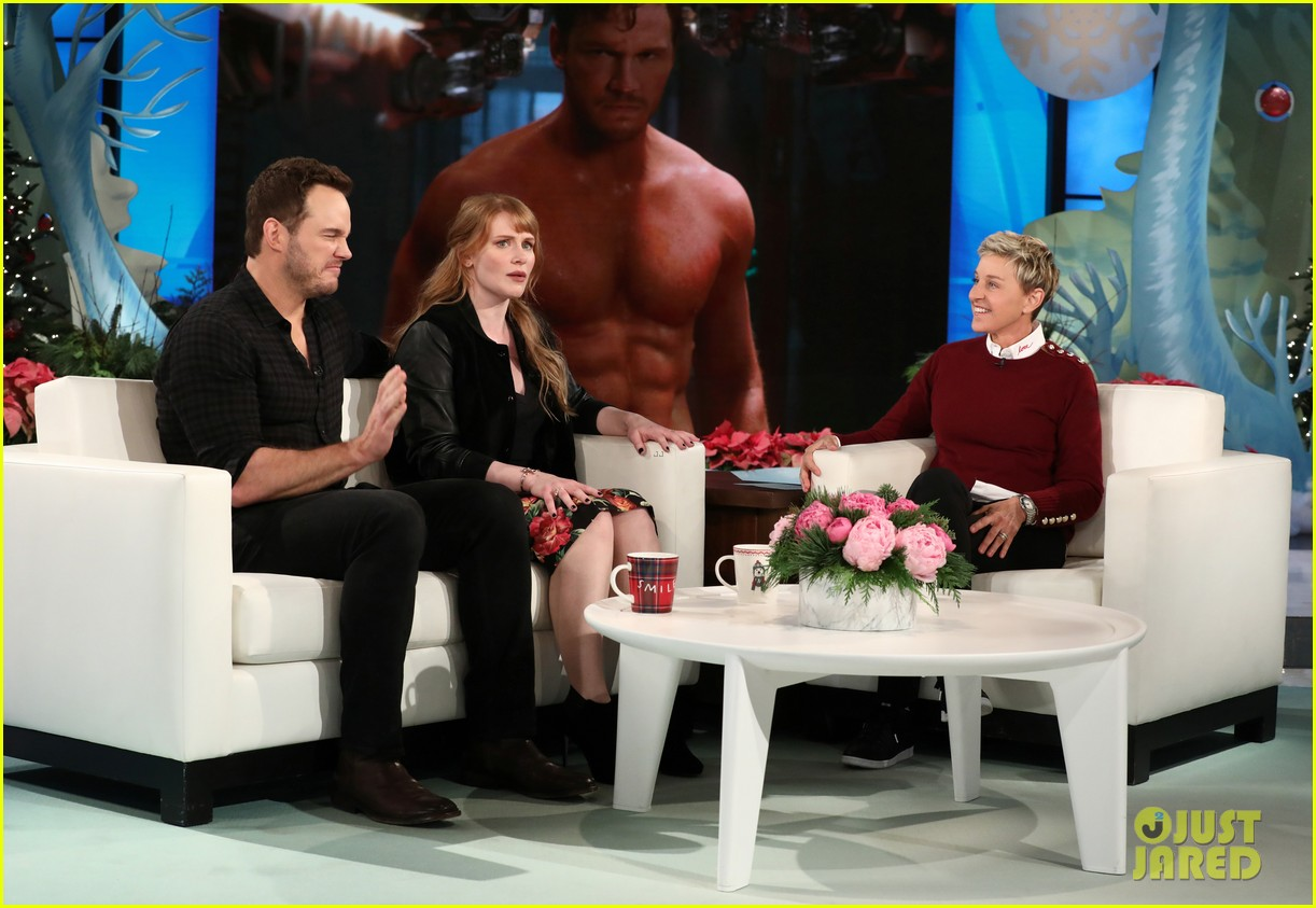 chris pratt bryce dallas howard tease jurassic world on ellen 033997162