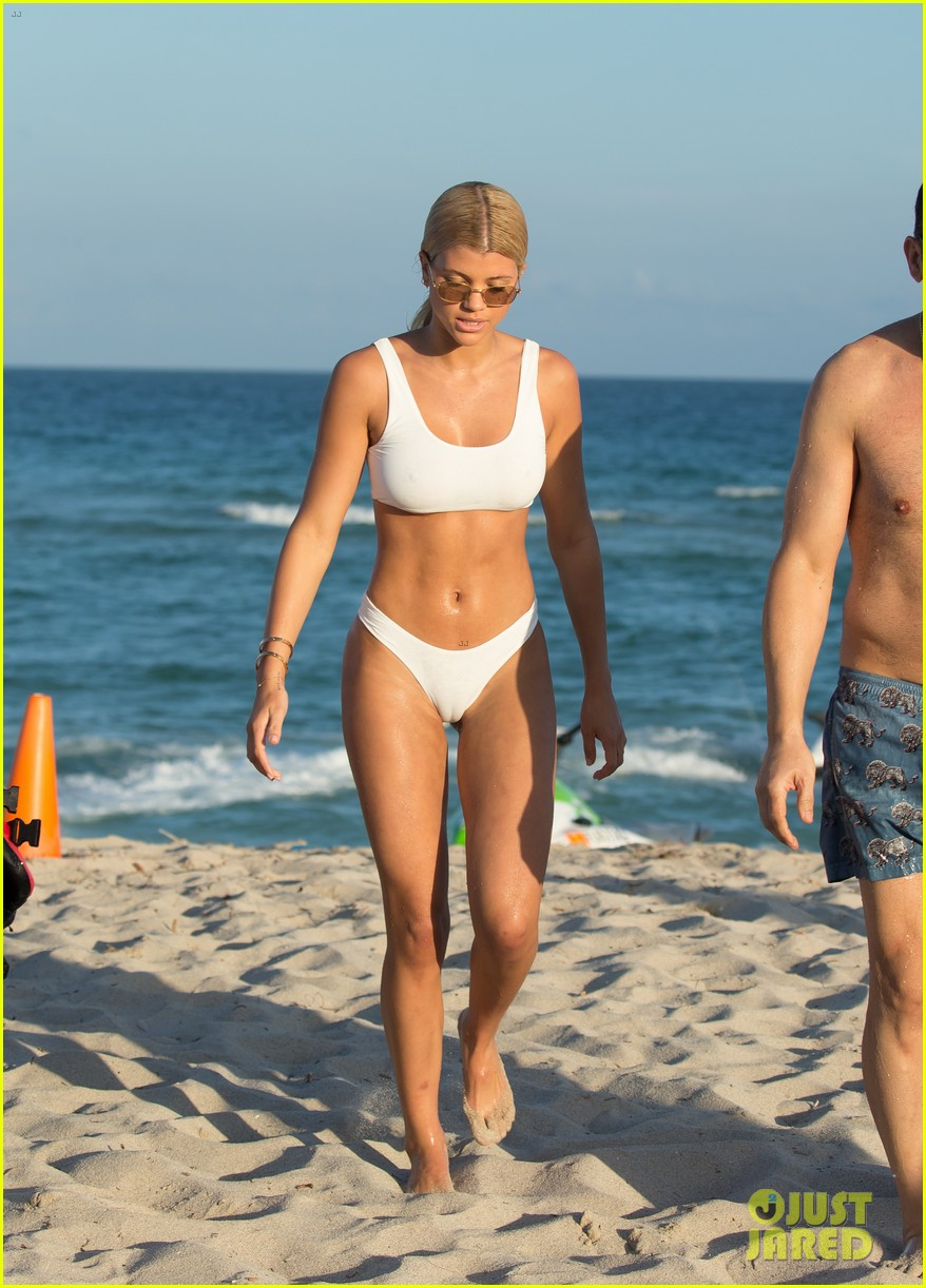 Sofia Richie in Red Bikini on the beach in Miami Pic 10 of 35