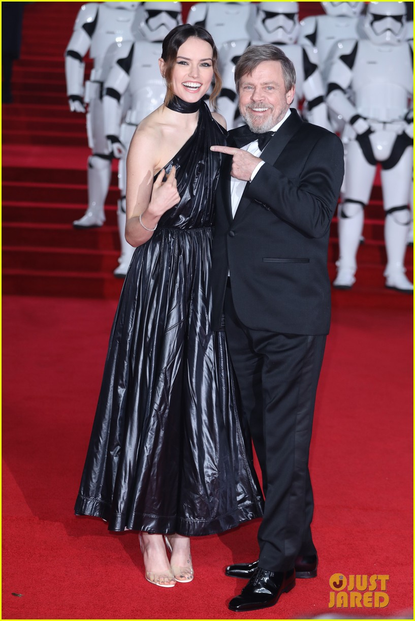 daisy ridley mark hamill london premiere star wars 194000396