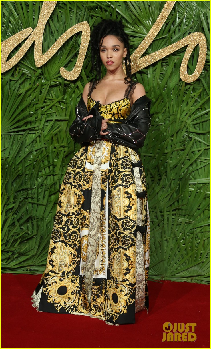 rita ora fka twigs fashion awards 053996917