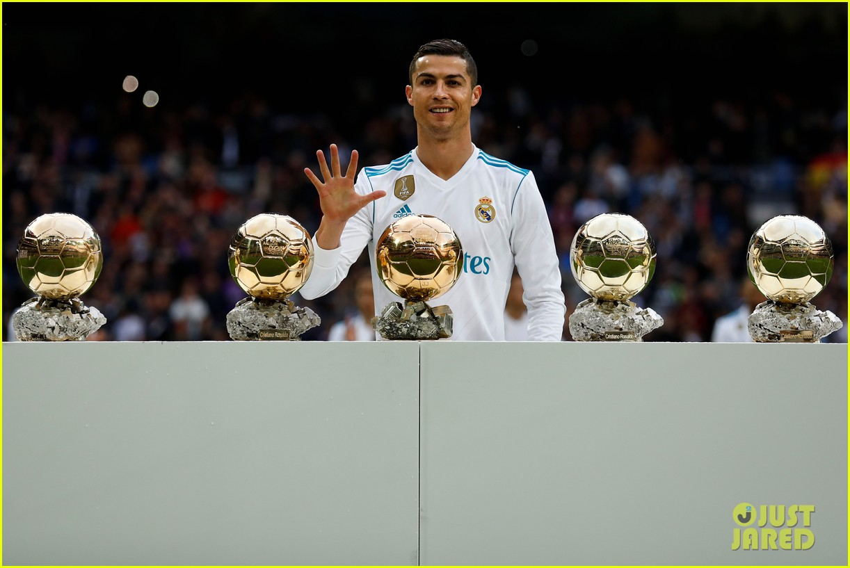Cristiano Ronaldo Celebrates 5th Ballon d'Or Award Win with Son Cristiano Jr!: Photo 3999538 ...