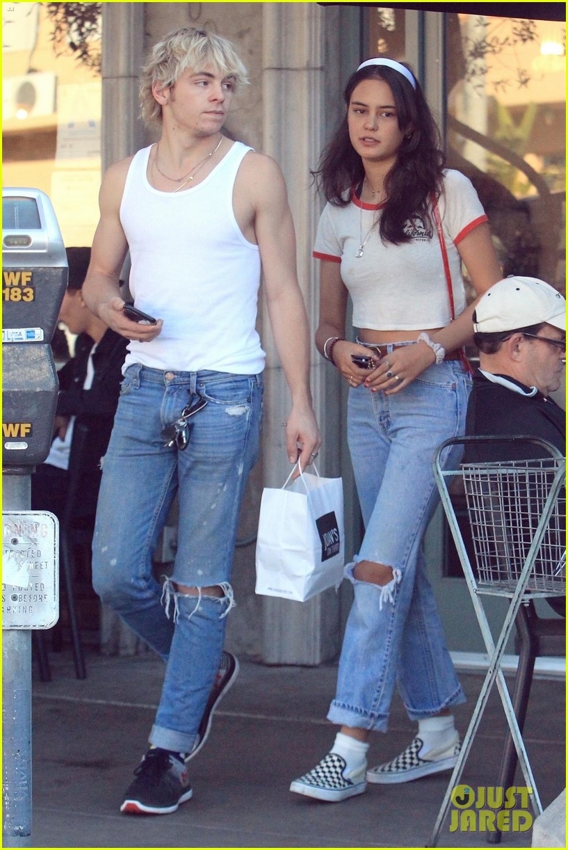 are ross lynch and courtney eaton dating after divorce