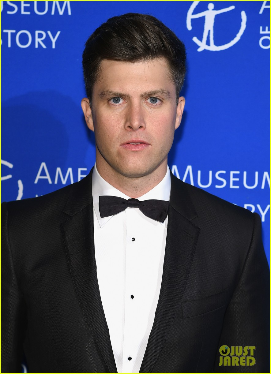 scarlett johansson colin jost join the snl cast at a gala 023995046