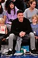 liev schreiber takes his sons to the knicks game 01