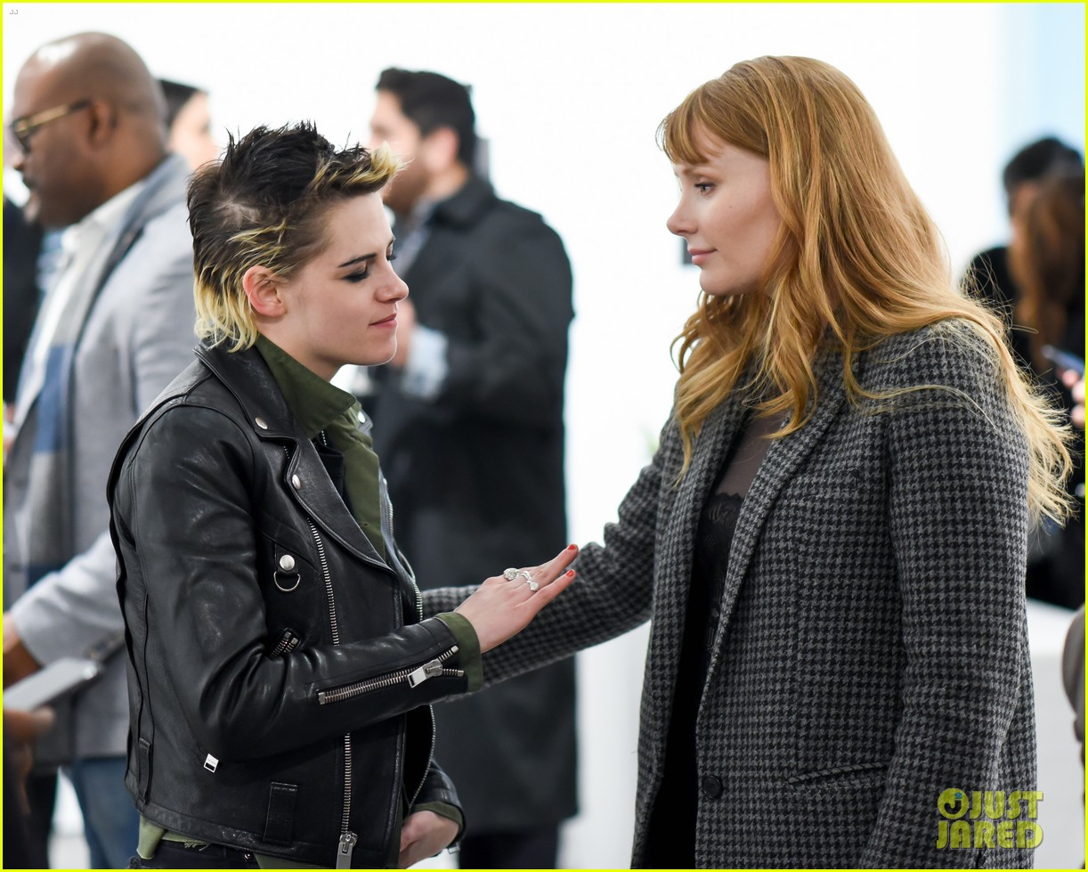 kristen stewart bryce dallas howard remember anton yelchin at provocative beauty 024001318