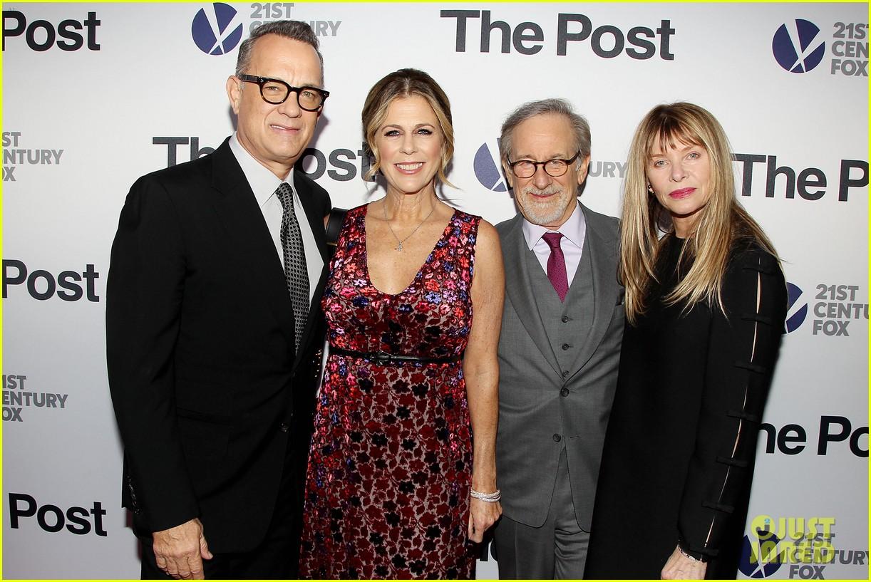Meryl Streep Amp Tom Hanks Lead Star Studded The Post