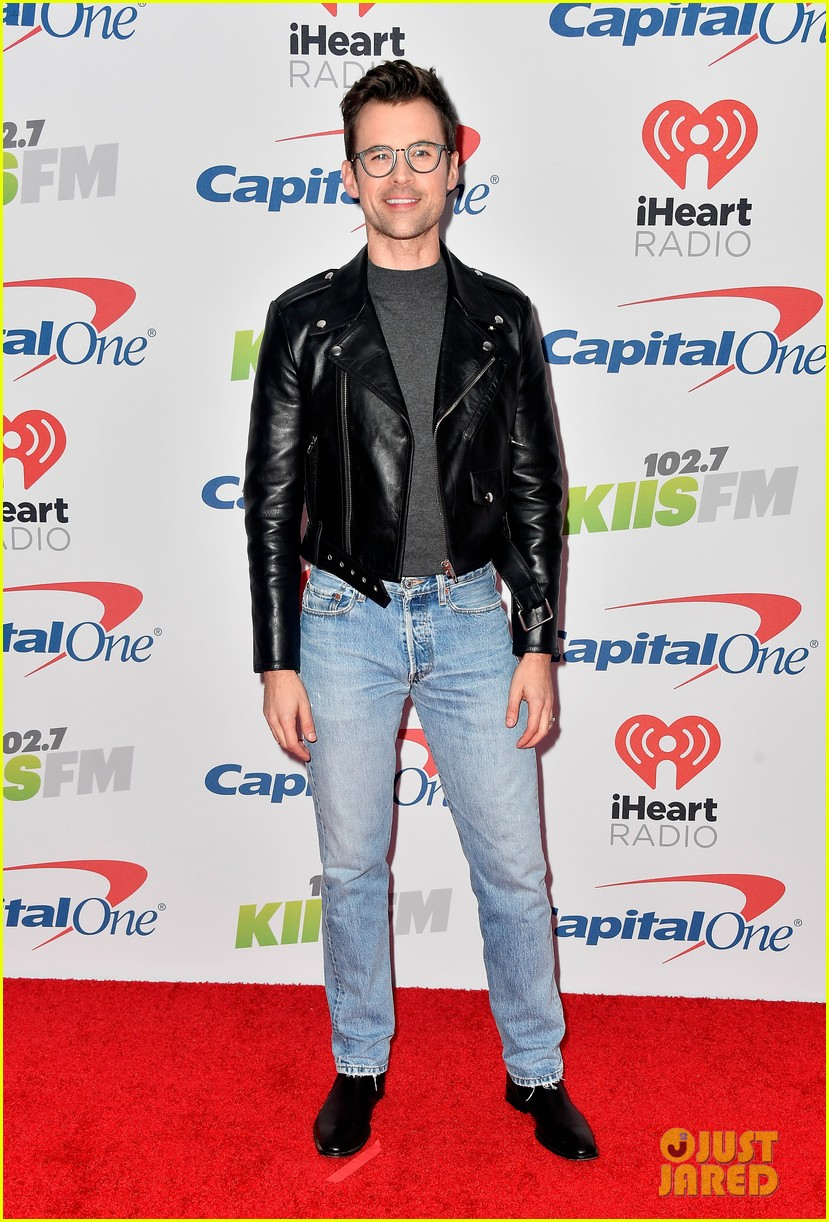 bella thorne charlie puth jingle ball la 123995792
