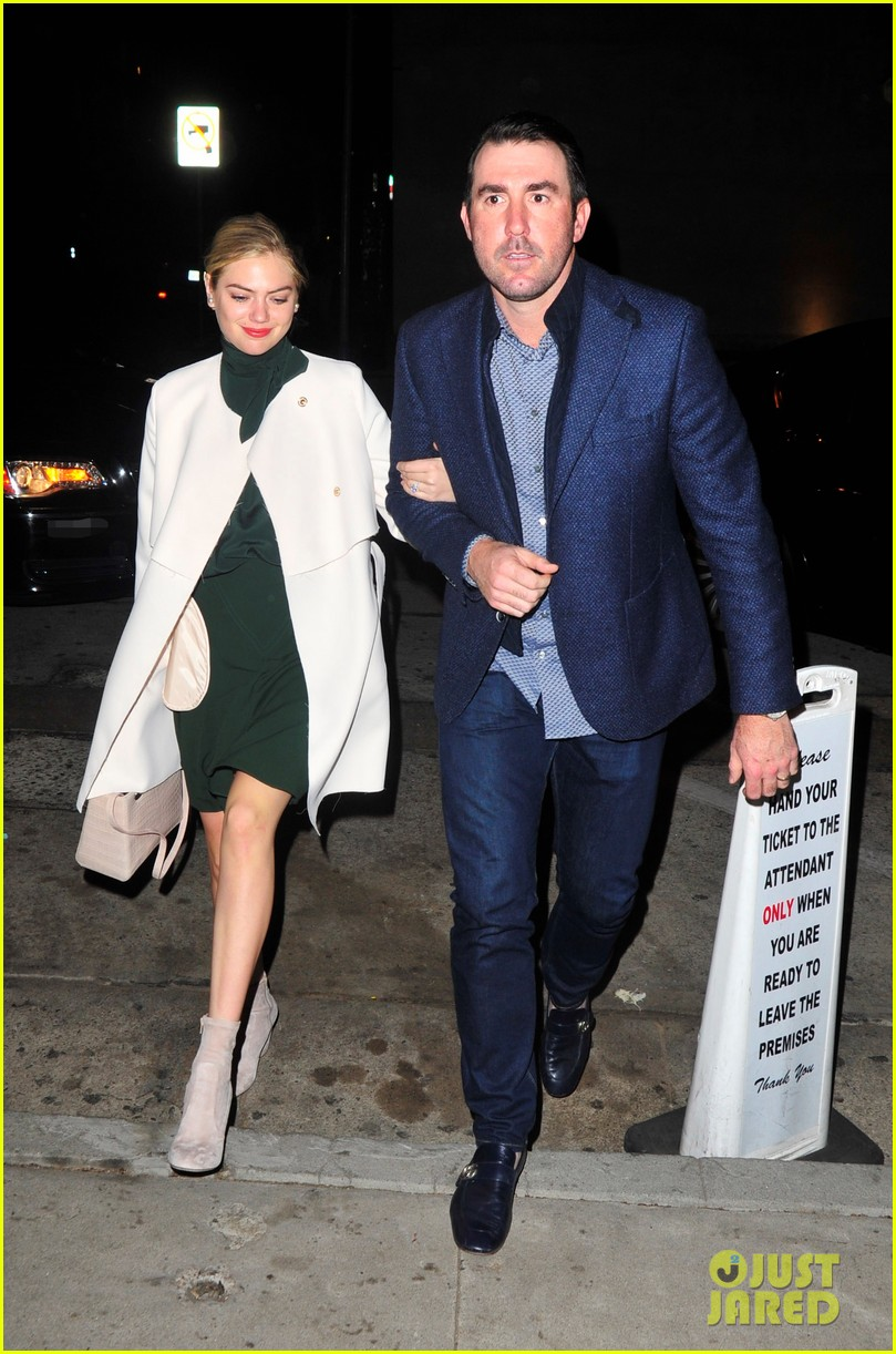 kate upton and husband justin verlander couple up for date night 03