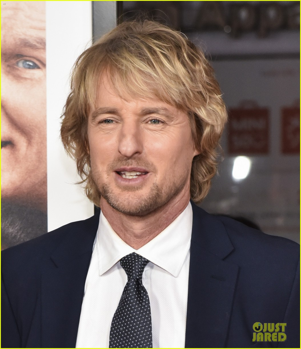 owen wilson ed helms premiere father figures in hollywood 094001231