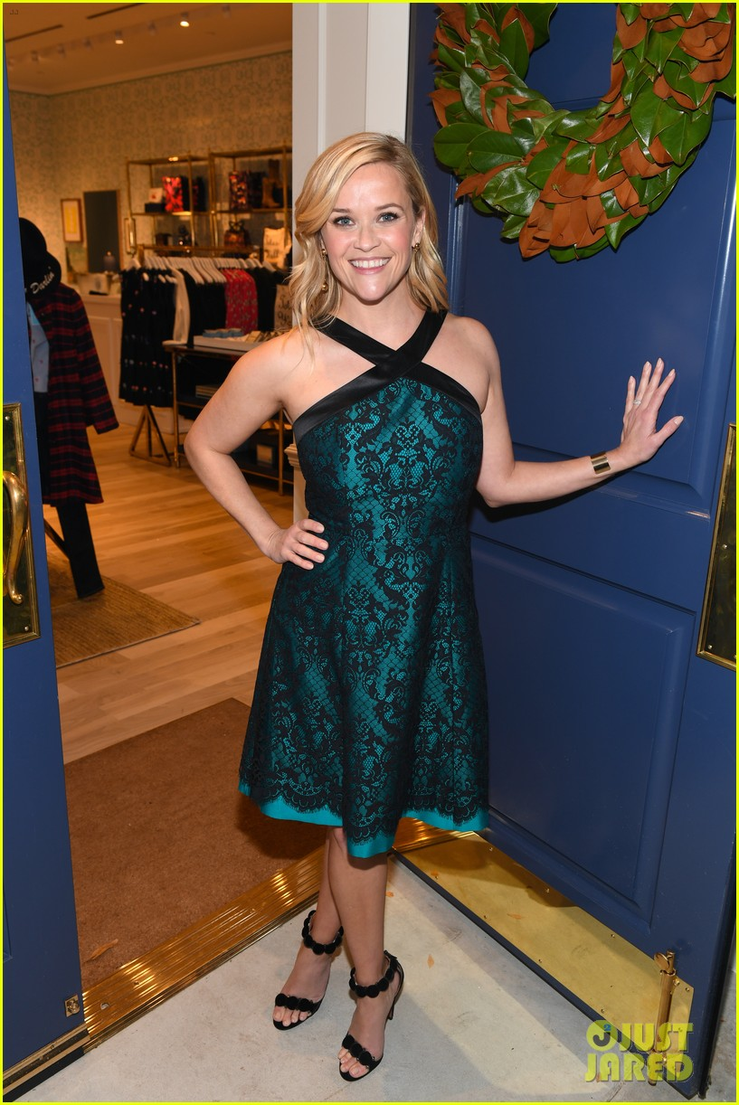 reese witherspoon celebrates draper james vip grand opening 013995369