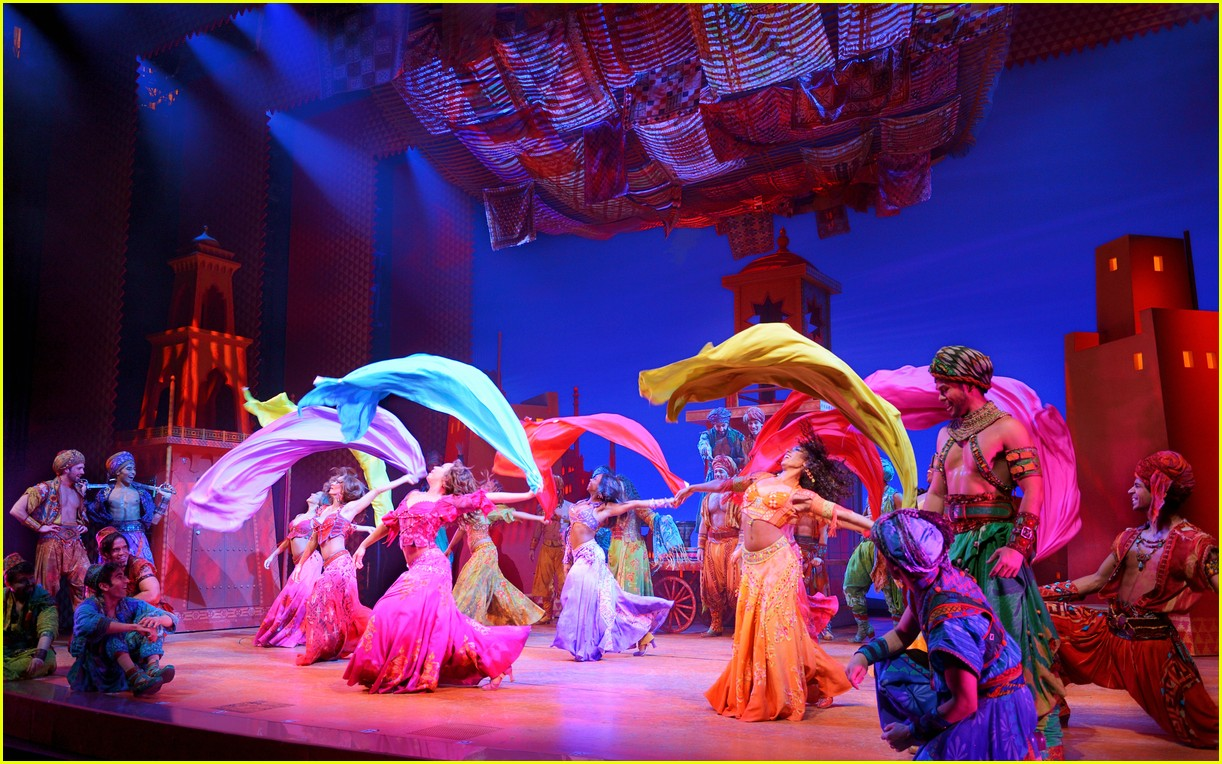 disneys aladdin opens in la with broadways original star 084013911