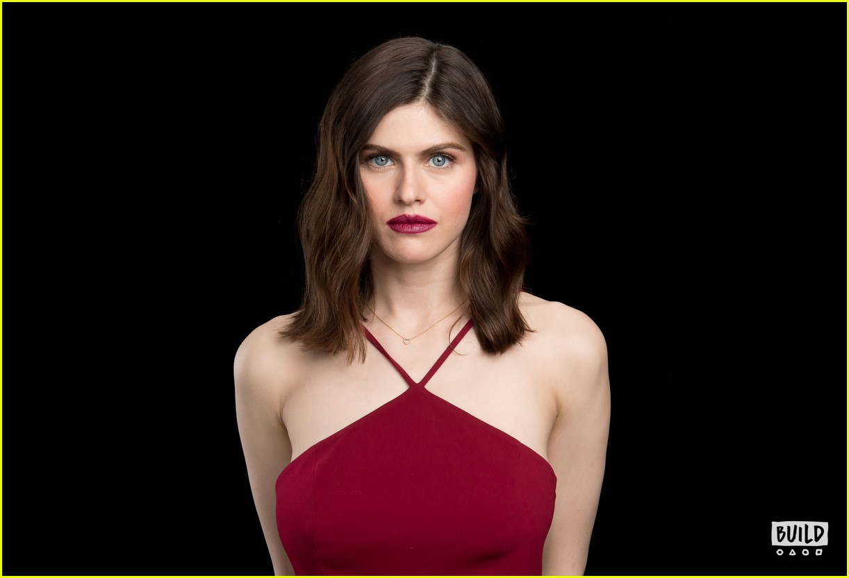 alexandra daddario aol build when we first met 044024078