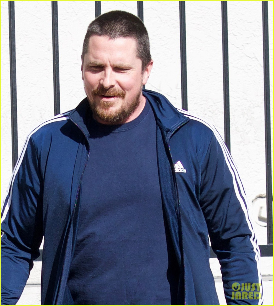 christian bale puts slimmer figure on display while out in la 024014062