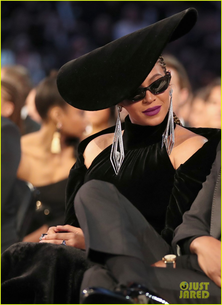 beyonces grammys 2018 look was inspired by black panthers 204023645