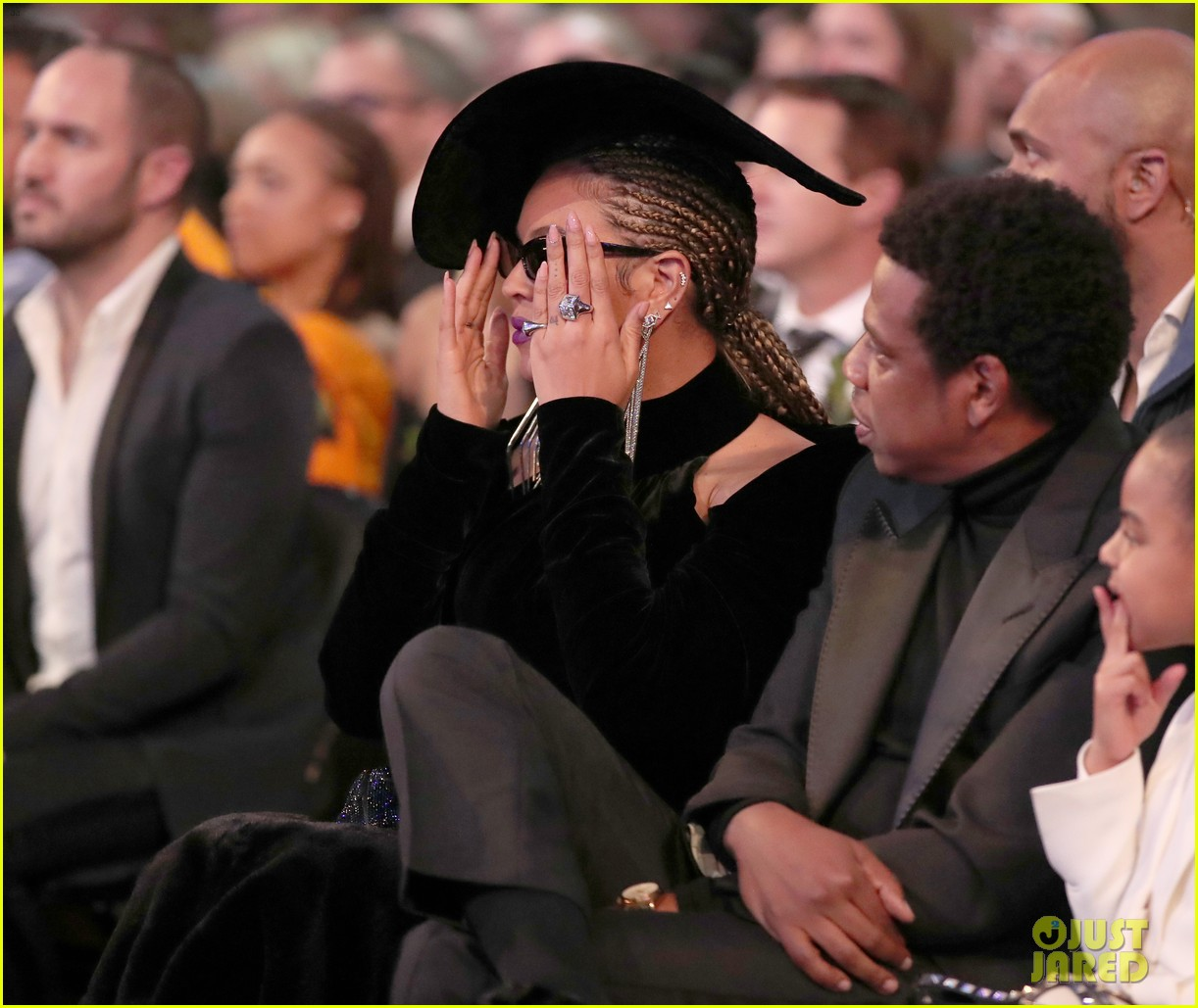 beyonces grammys 2018 look was inspired by black panthers 274023652