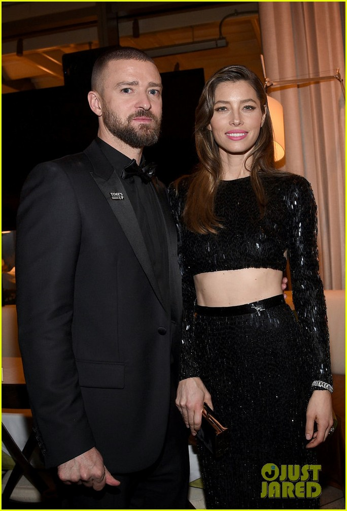 Jessica Biel Bares Midriff With Hubby Justin Timberlake At