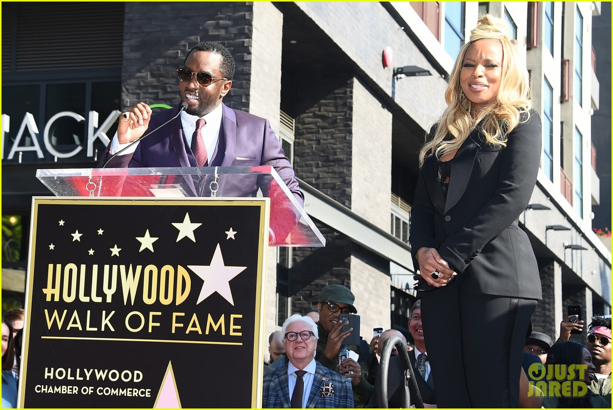 mary j blige receives star on hollywood walk of fame 114012709