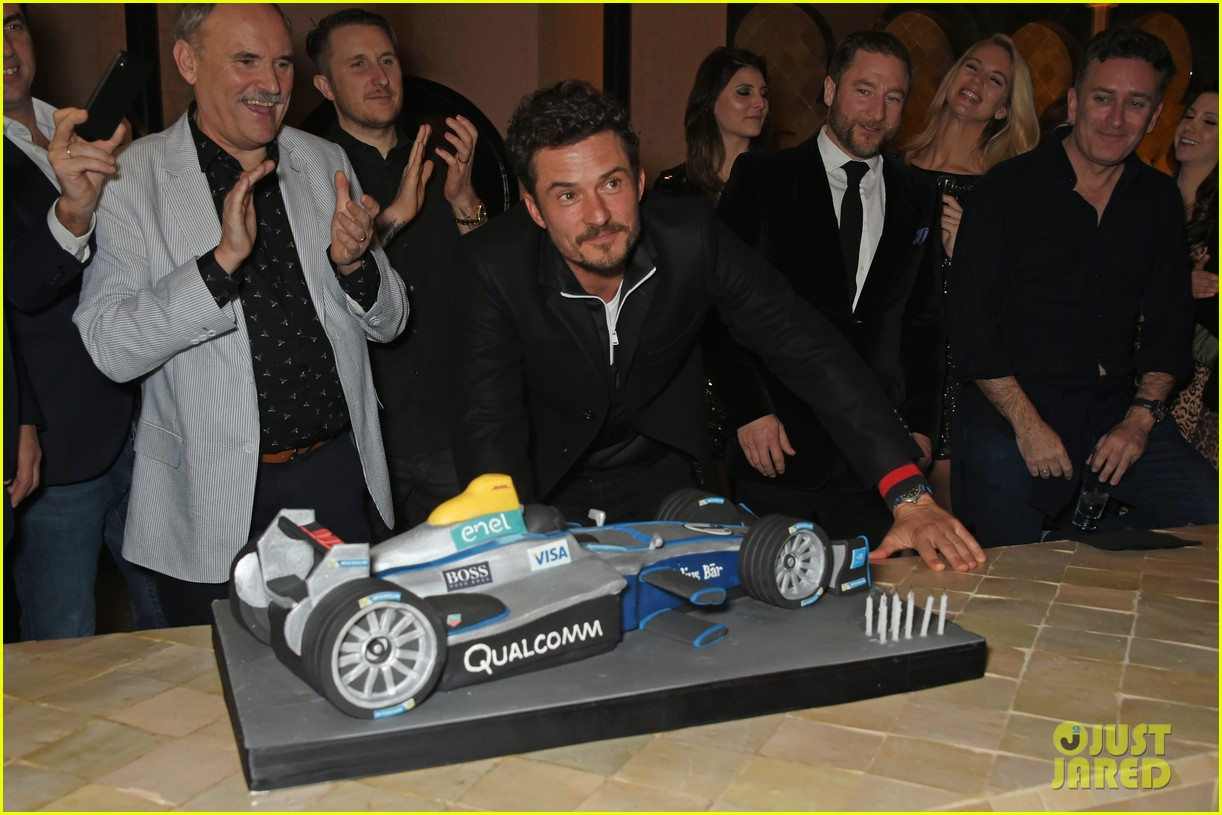 orlando bloom celebrates 41st birthday with racing in morocco 024014201