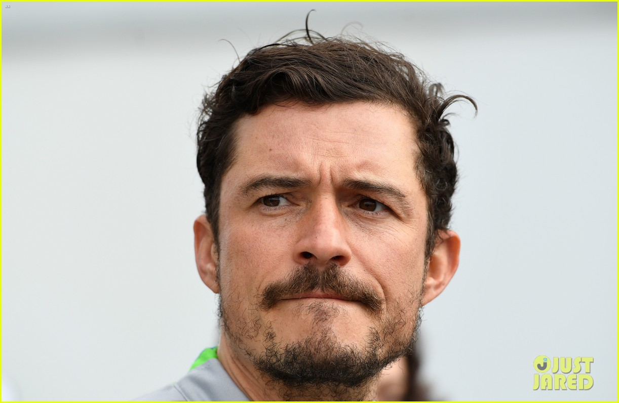 orlando bloom celebrates 41st birthday with racing in morocco 104014209