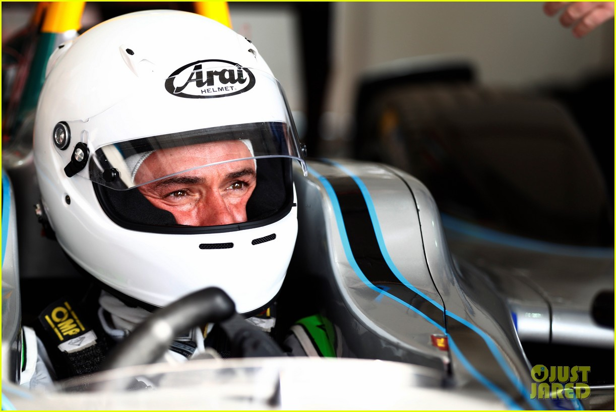 orlando bloom celebrates 41st birthday with racing in morocco 144014213