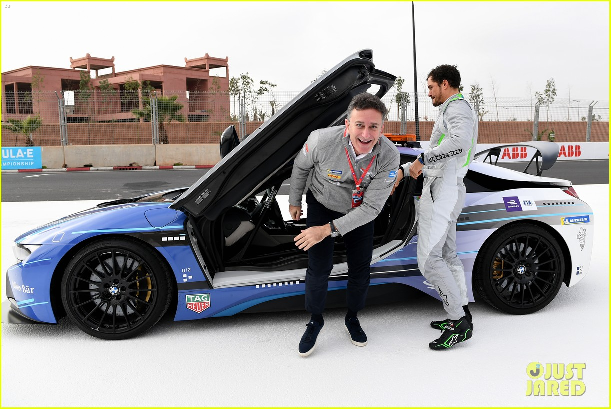 orlando bloom celebrates 41st birthday with racing in morocco 174014216