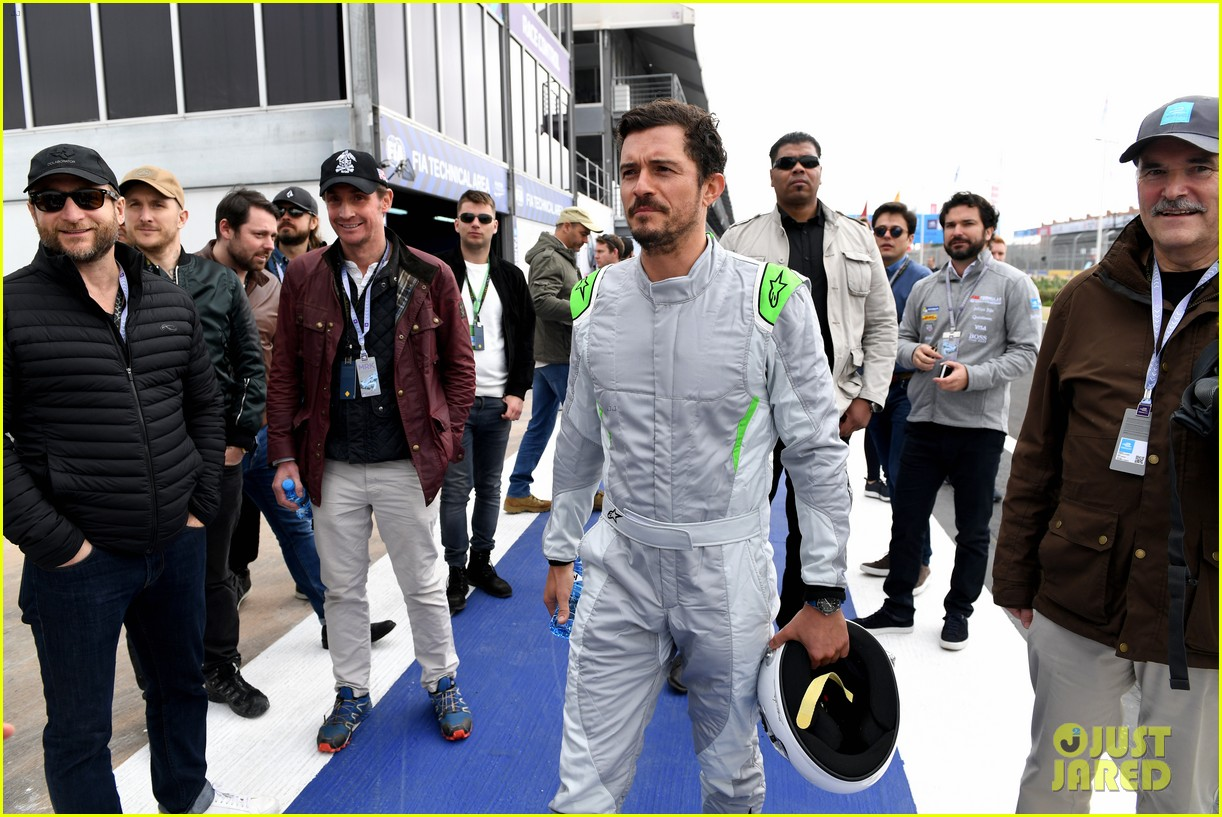 orlando bloom celebrates 41st birthday with racing in morocco 184014217