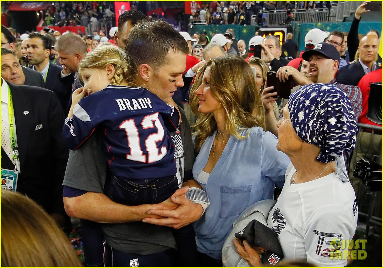 ce198440d37cb Tom Brady Cuts Radio Interview Short After Disparaging Comments About His  Daughter Vivian, 5