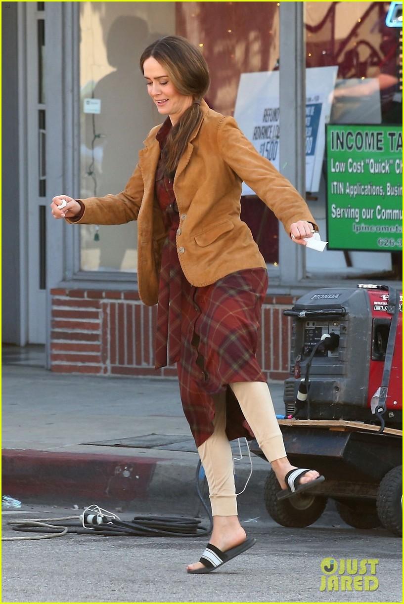 Sarah Paulson Joins Sandra Bullock On Set Of Bird Box