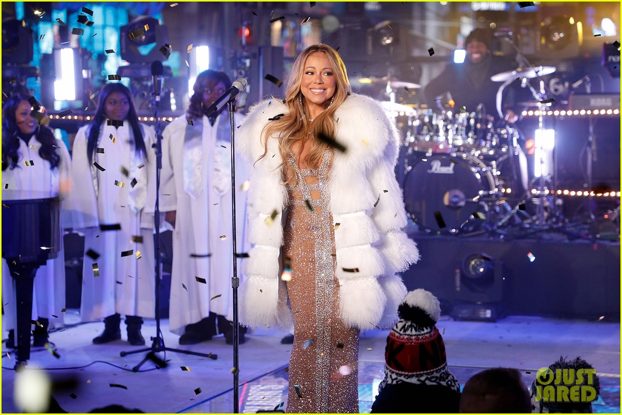 Mariah Carey Finds Her Tea After New Year's Eve ... Mariah Carey New Years Eve